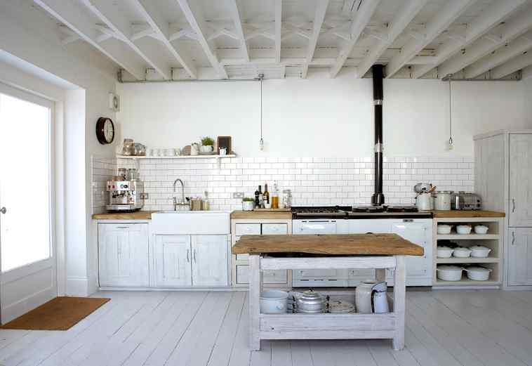 Blanco y vintage casas con decoraci n vintage for Decoracion de la casa barata