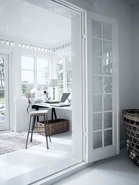 Decoración de casas con estilo nórdico minimalista en blanco 12