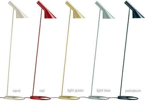 Lámpara de pie AJ de Arne Jaconsen en varios colores