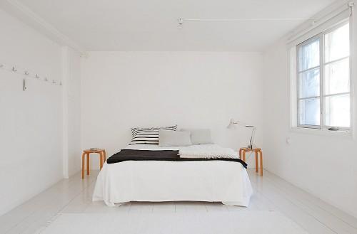 Habitacion minimalista en blanco