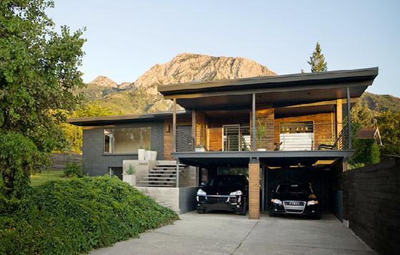 Casa Con Interiores Modernos Sobrios Y Elegantes