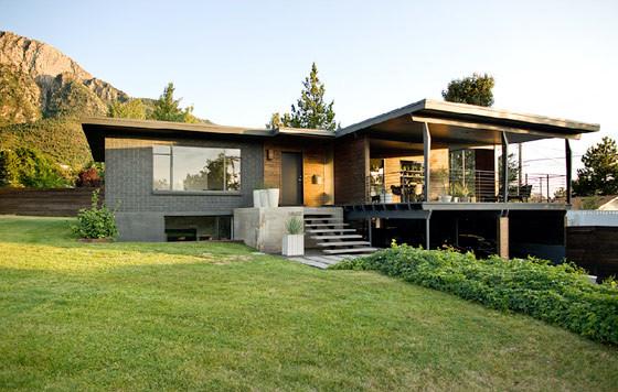 Casa con interiores modernos sobrios y elegantes - Country home designs south australia ...