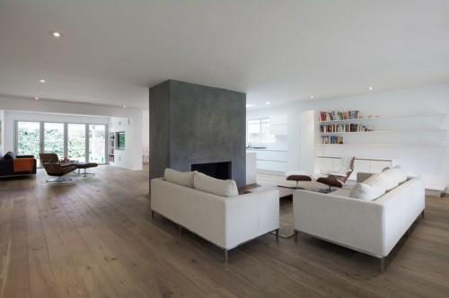 Living minimalista en casa moderna minimalista