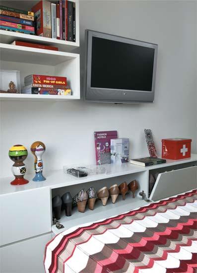 Diseño de interiores de departamentos modernos: mueble zapatos