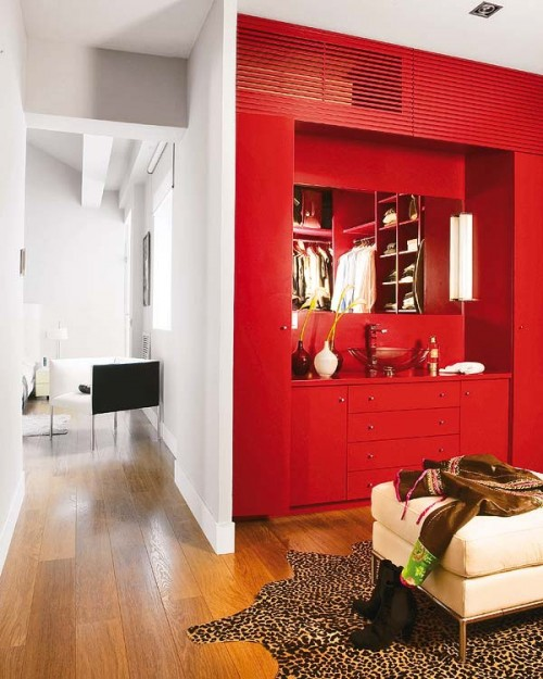 Acentos de color diseño moderno