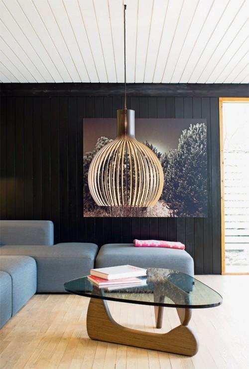 Mesa de centro Noguchi y lámpara colgante Octo 4200 de Secto Design