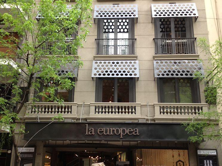 Tiendas de decoración en la calle Arenales de Recoleta, Buenos Aires