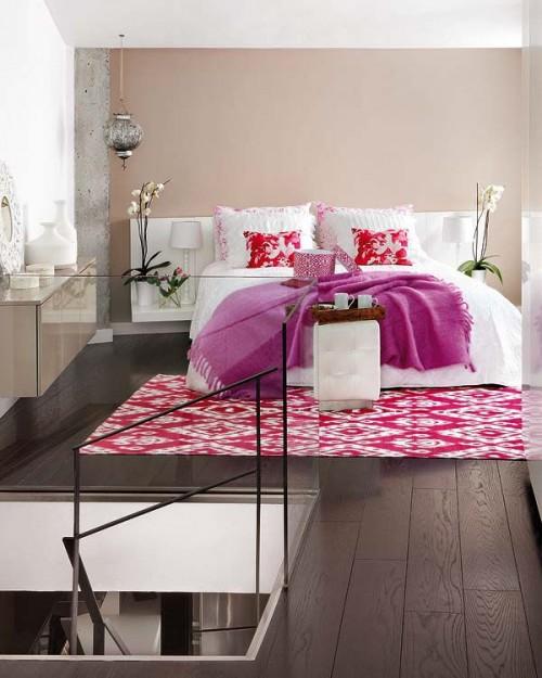 Dormitorio principal con acentos de color
