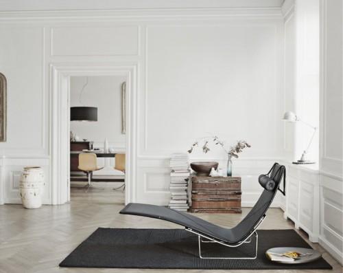 Chaise longue en living minimalista
