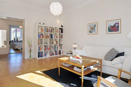 Decoración simple de un apartamento escandinavo