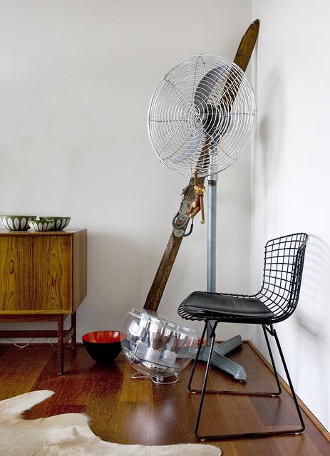 Departamento sencillo con muebles de diseño 4