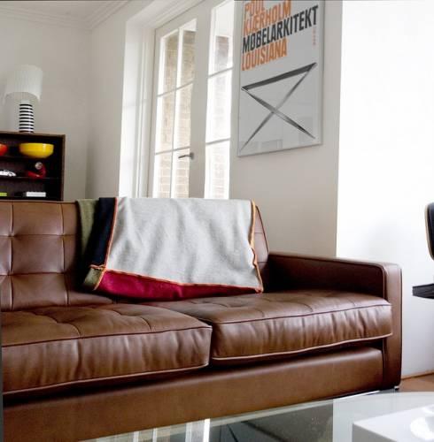 Departamento sencillo con muebles de diseño 5