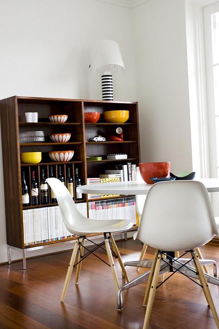 Departamento sencillo con muebles de diseño 8