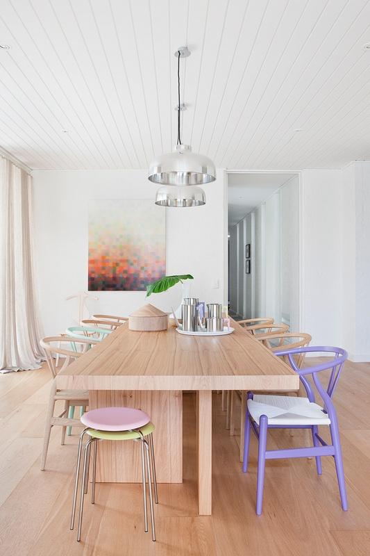 Casa moderna y minimalista con detalles en colores pastel for Casa minimalista uy