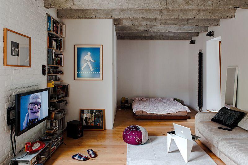 Loft peque o de 48 metros con detalles en estilo industrial for Decoracion de interiores apartamentos tipo estudio