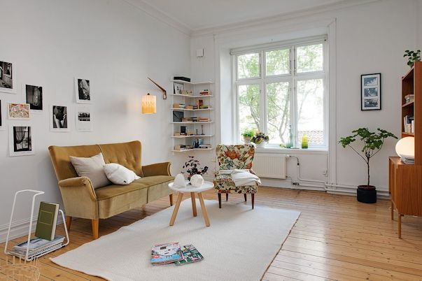 Living con muebles en estilo vintage