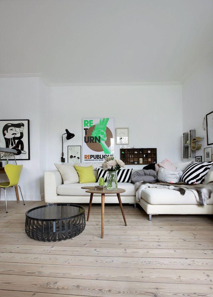 Casa pequeña con interiores nórdicos vintage