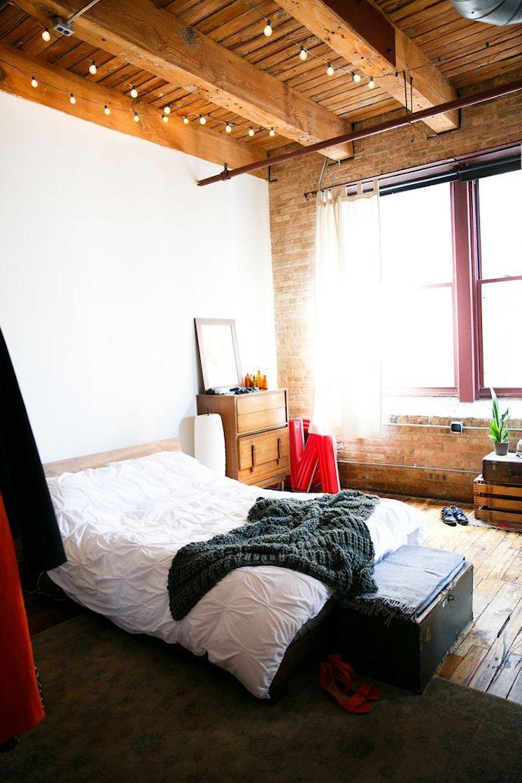 Loft de estilo industrial y vintage con ideas para dividir ambientes 11