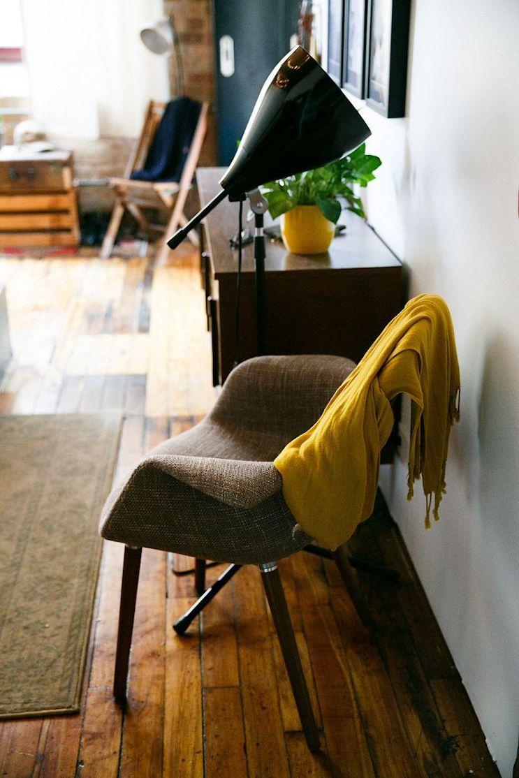 Loft de estilo industrial y vintage con ideas para dividir ambientes 14
