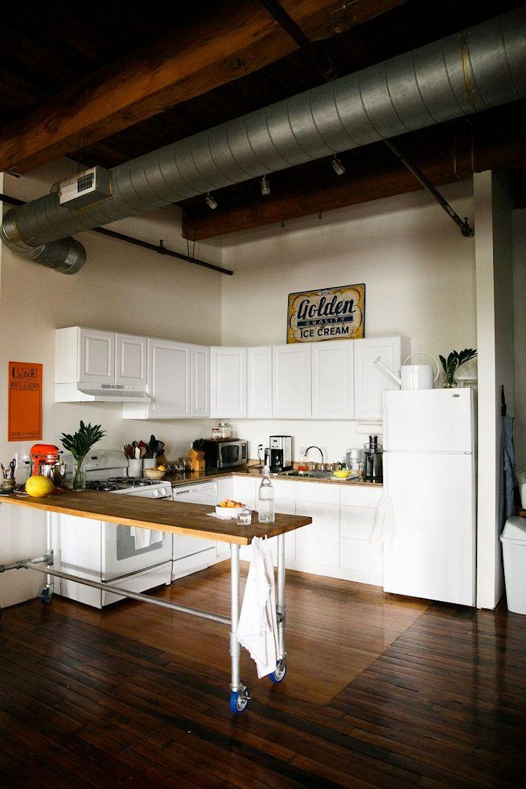 Loft de estilo industrial y vintage con ideas para dividir ambientes 17