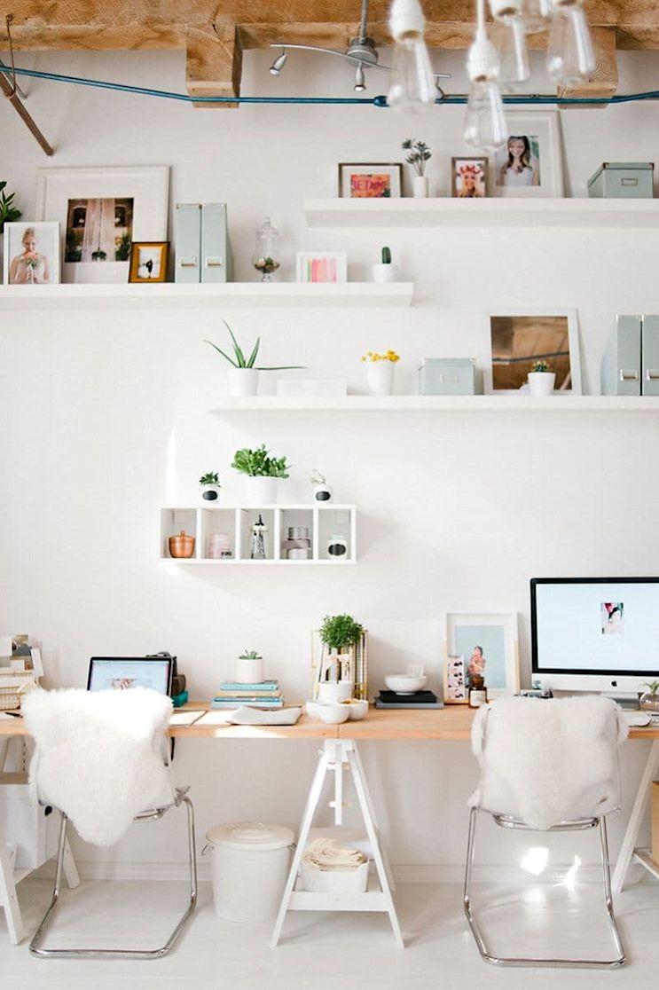 Espacios de trabajo en casa armados con caballetes 3