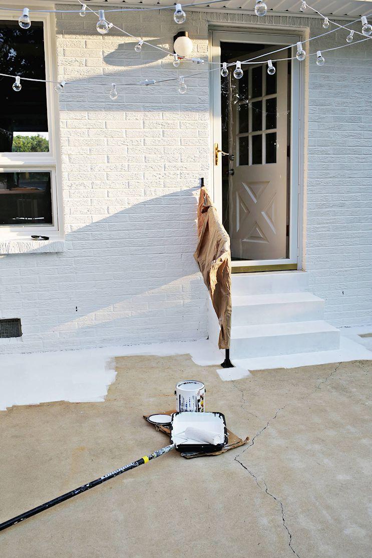 Renovar los pisos de un patio con pintura 2