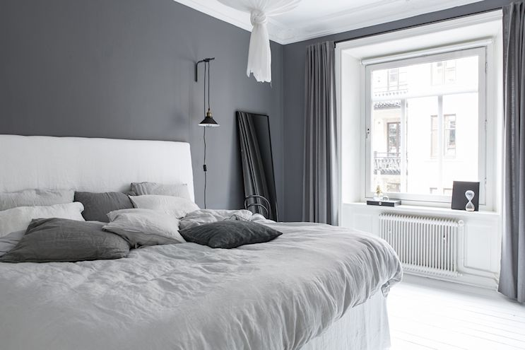 Interiores nórdicos en gris en un departamento de 2 ambientes 9