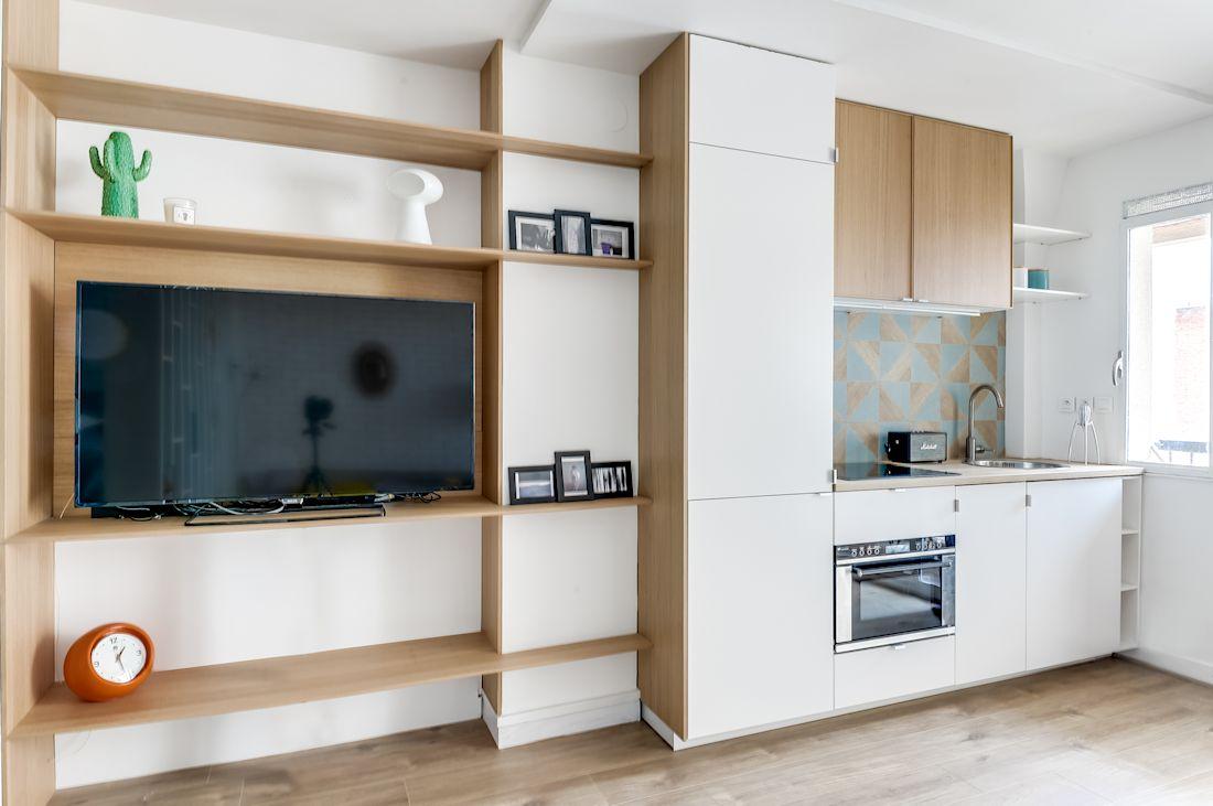 Muebles Funcionales Para Monoambientes - Monoambientes Peque Os 2 Formas De Separar Espacios[mjhdah]http://images.estilosdeco.com/2016/03/monoambiente-pequeno-con-entrepiso-1.jpg