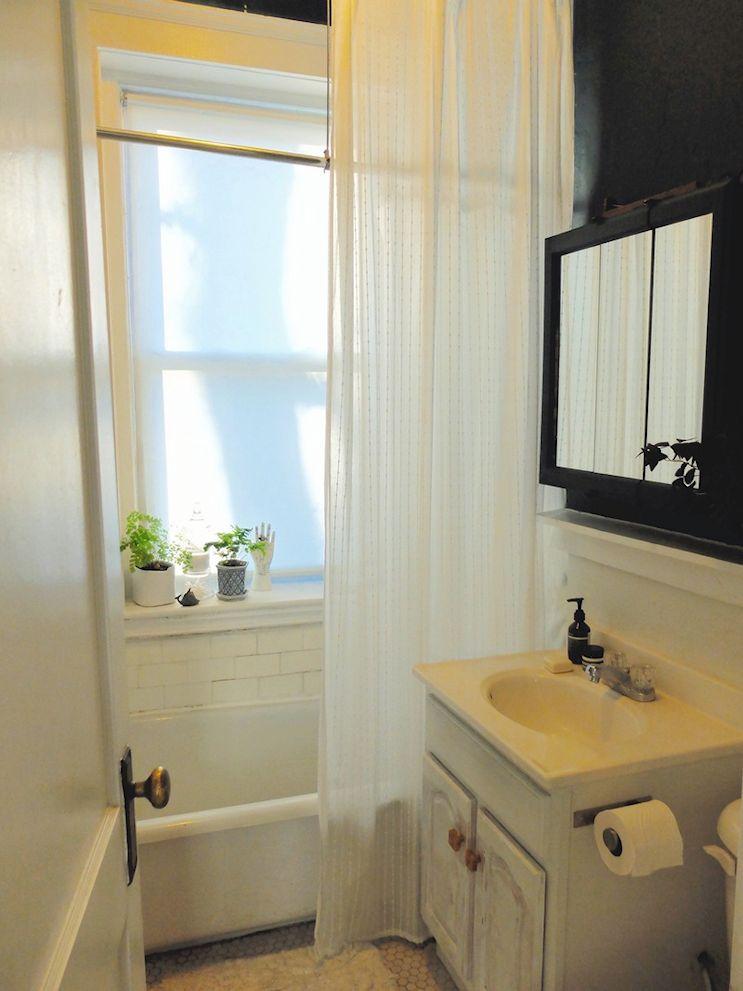 Baño vintage en blanco y negro