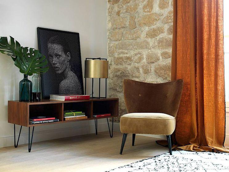 Pocos muebles y muy bien elegidos decoran el living del departamento de 2 ambientes