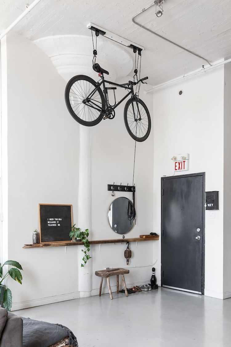 Entrada al loft, un espacio sencillo y bien lograda con pocos elementos decorativos