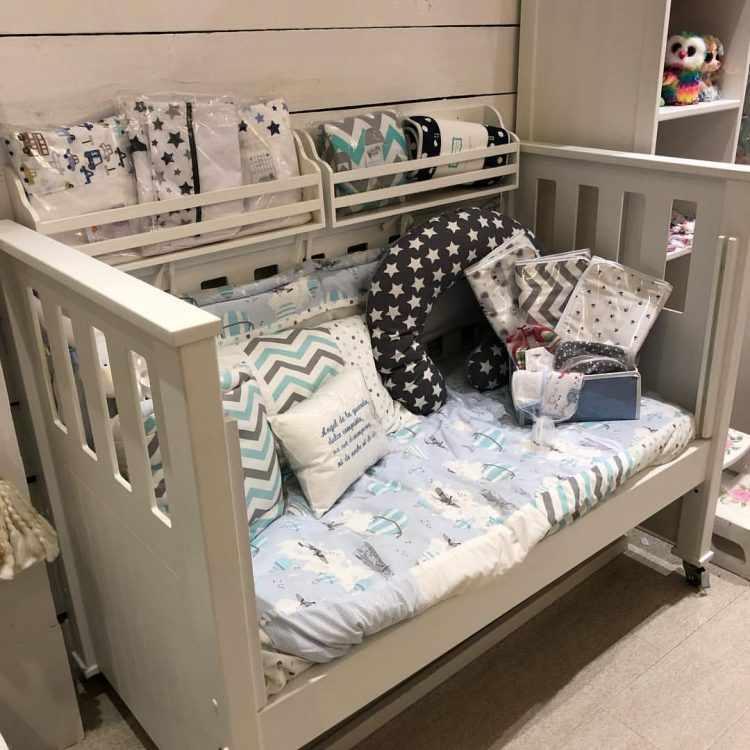 Antique Nouveau - Muebles y decoración para dormitorios de bebés y niñas 12