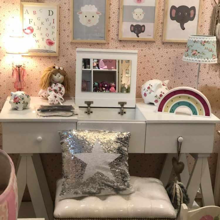 Antique Nouveau - Muebles y decoración para dormitorios de bebés y niñas 2