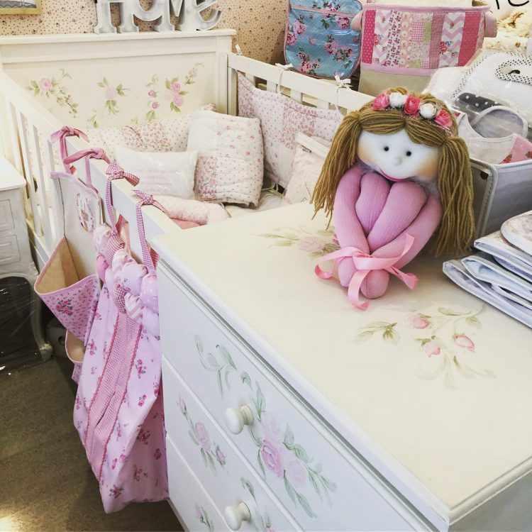Antique Nouveau - Muebles y decoración para dormitorios de bebés y niñas 8