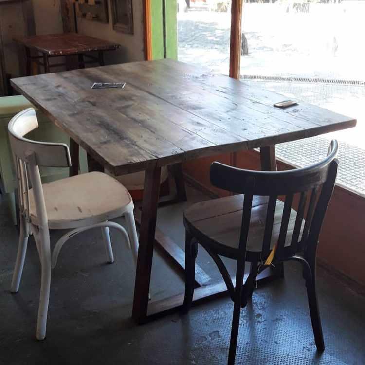 Los Diaz de Mario - Muebles rústicos en Palermo 10