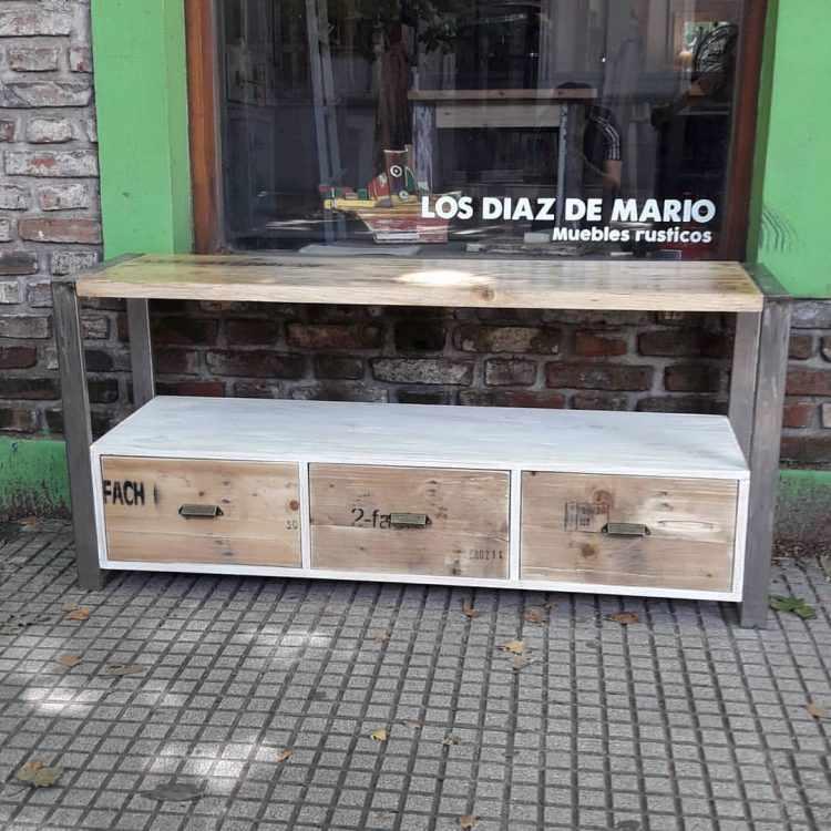 Los Diaz de Mario - Muebles rústicos en Palermo 14