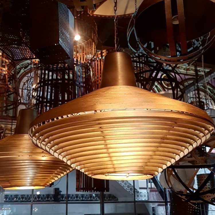Patio Dorrego en Palermo Hollywood: diseño y venta de arañas y lámparas de estilo 2