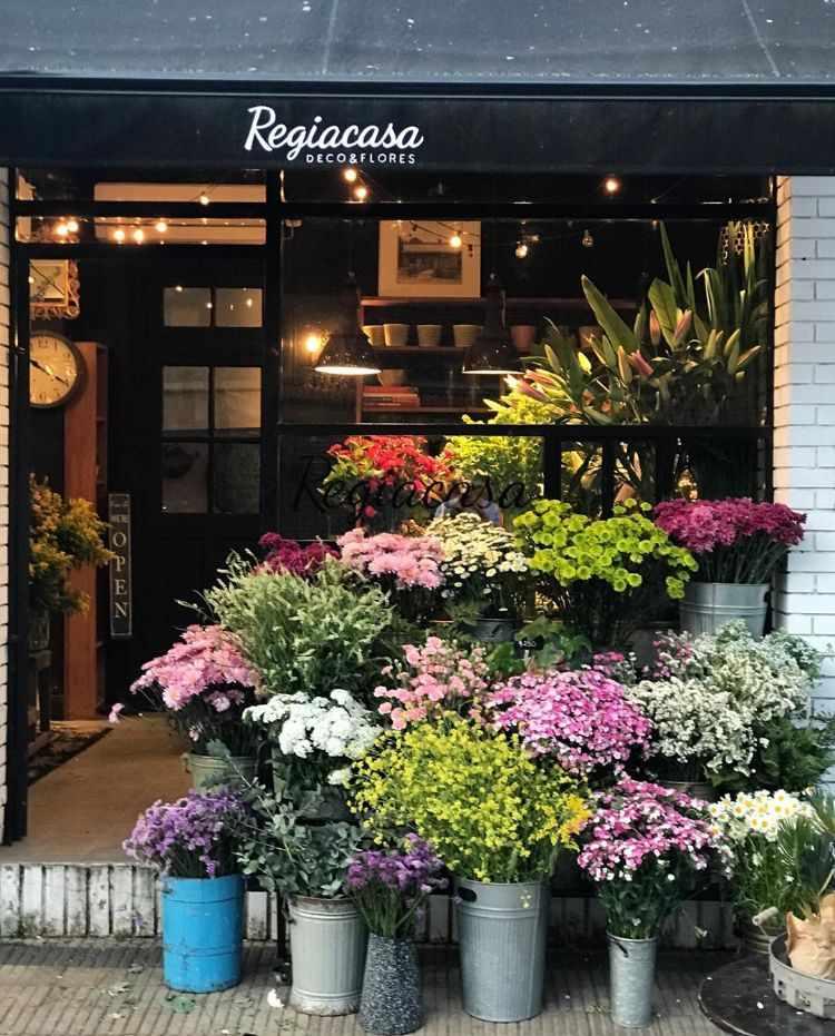 Regiacasa - Deco & Flores en Martínez 1