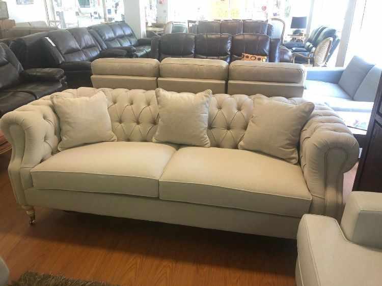 New York Home - Sofás y muebles de diseño para livings / comedores en Goes, Montevideo 7
