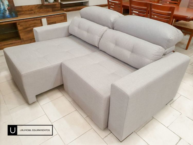 Uromobil Equipamientos - Muebles en Goes, Montevideo 3