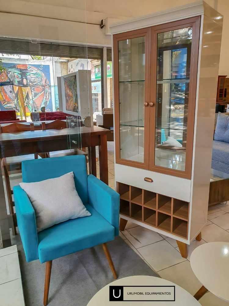 Uromobil Equipamientos - Muebles en Goes, Montevideo 7
