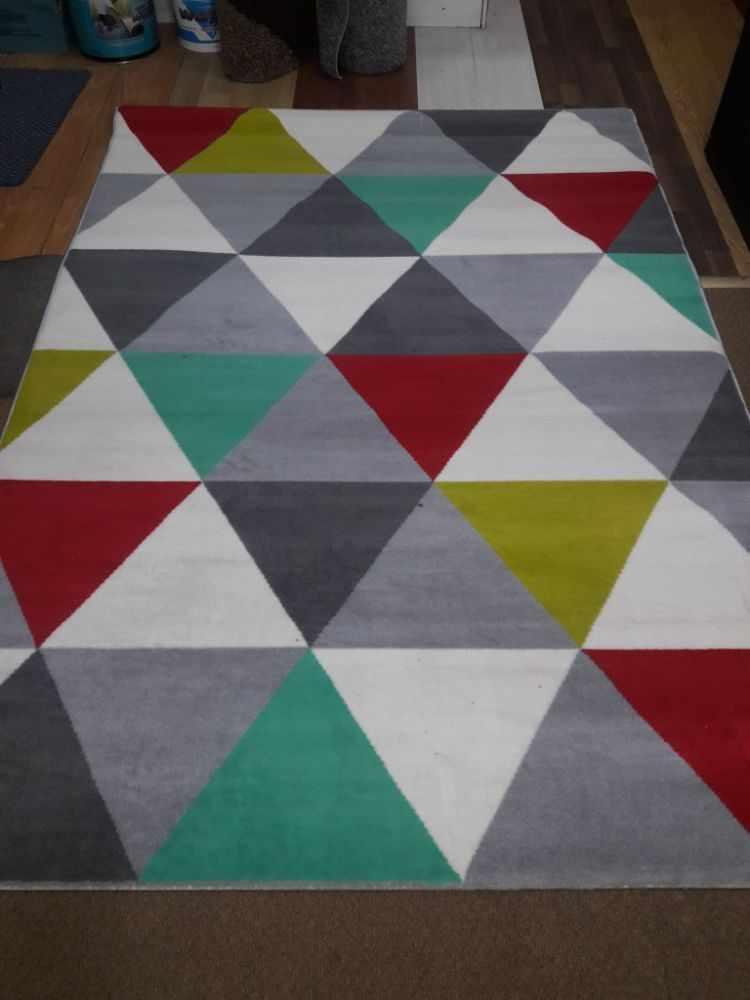 Medrano Factory en Almagro: blanquería, ropa de cama, alfombras, cortinas y textiles 6
