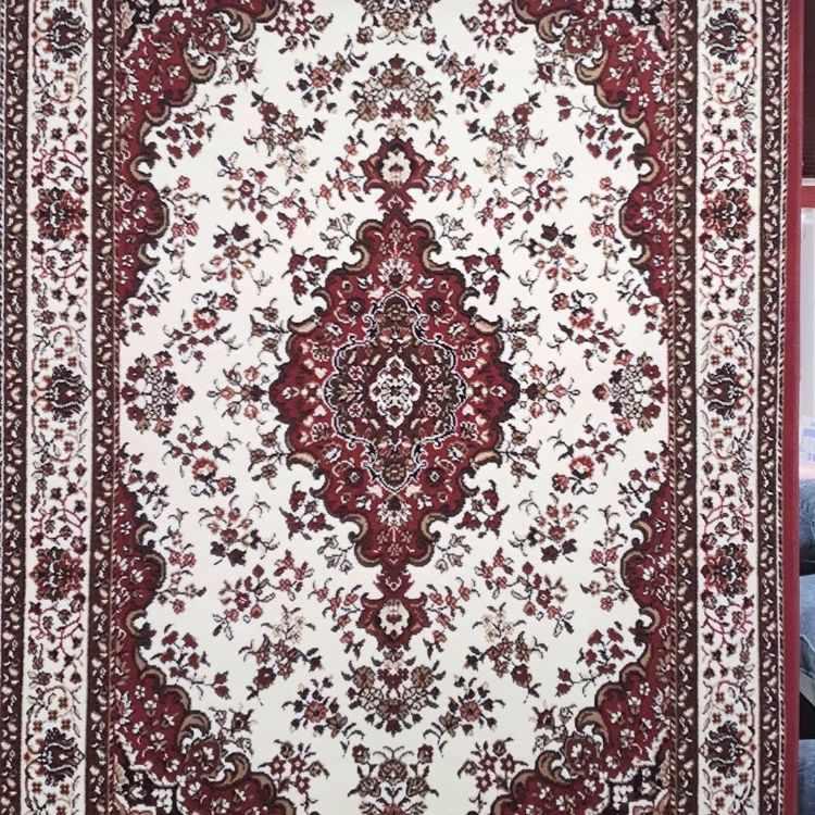Medrano Factory en Almagro: blanquería, ropa de cama, alfombras, cortinas y textiles 7