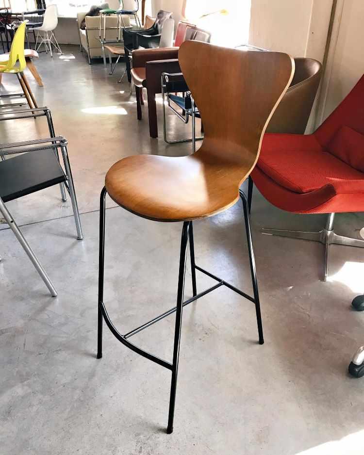 Newton - Muebles de diseño clásico moderno en Buenos Aires 3