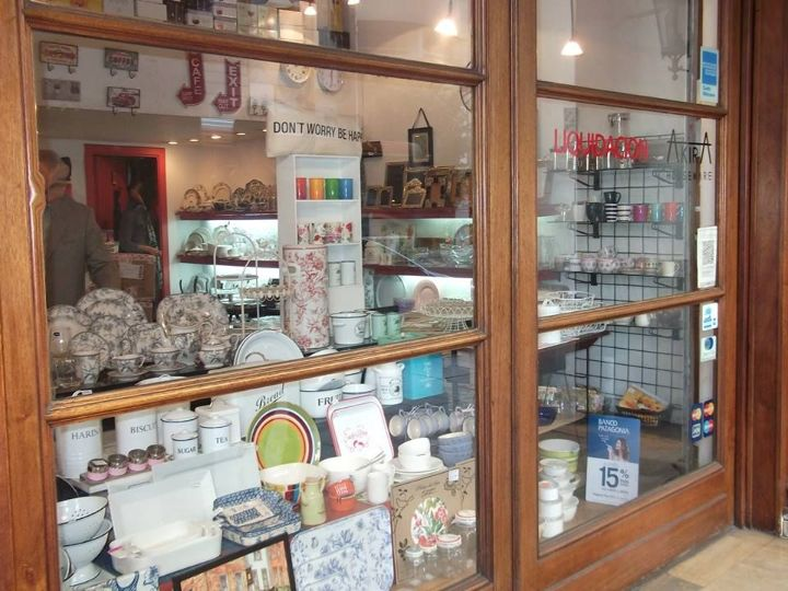 Akira Houseware en Recoleta, Buenos Aires: bazar, vajilla, cristalería, adornos 1