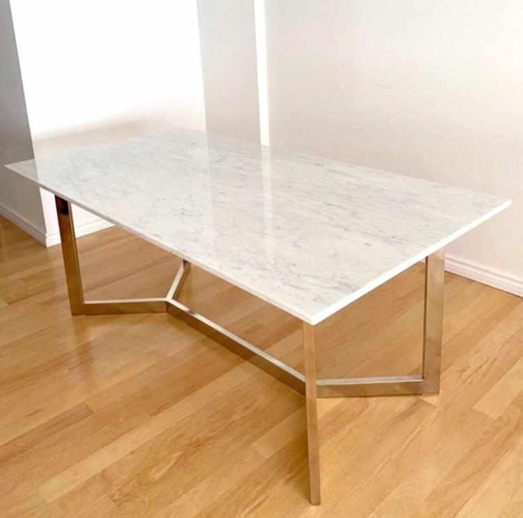 Carrara Design en Recoleta - Muebles y mesas con tapa de mármol y accesorios decorativos 3