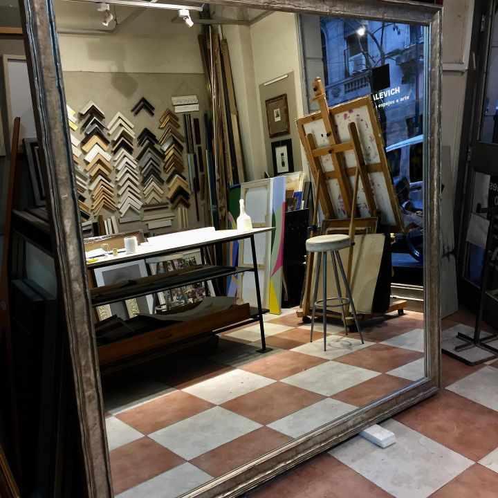 Casa Malevich - Taller de enmarcado en Recoleta, Buenos Aires 1