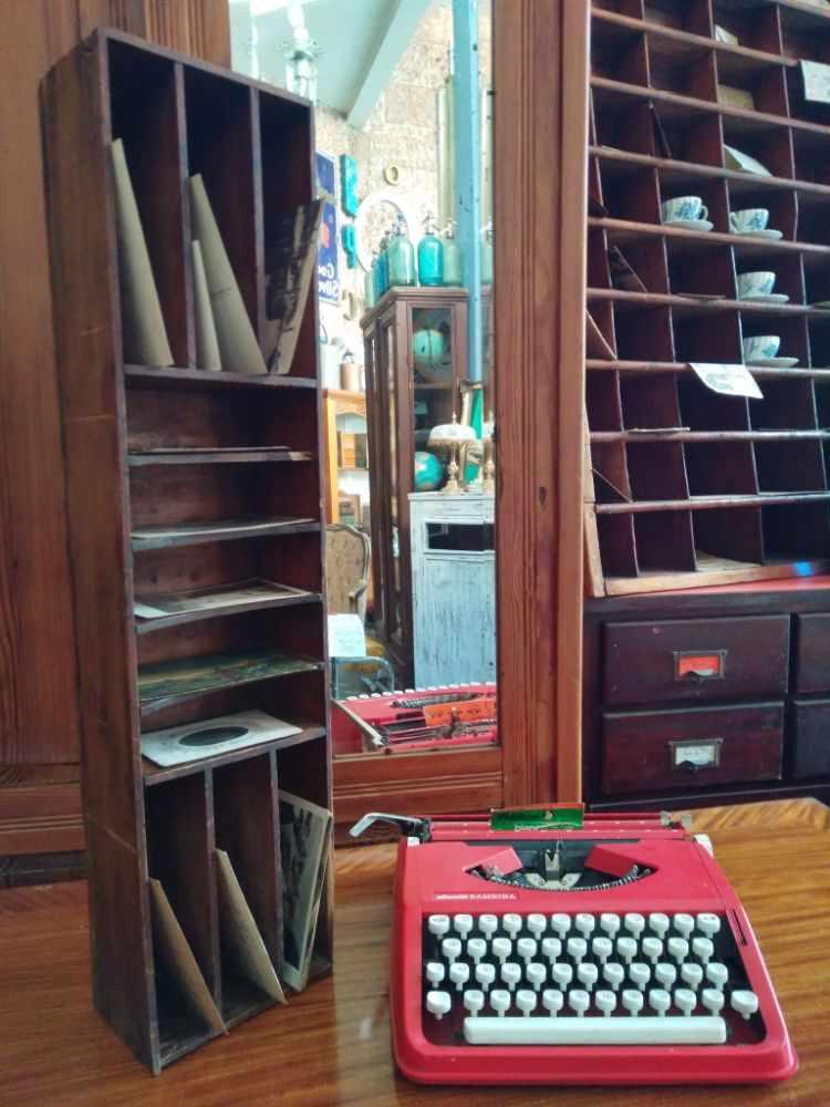 Un Viejo Almacén - Tienda de antigüedades, muebles y decoración en Palermo, Buenos Aires 2
