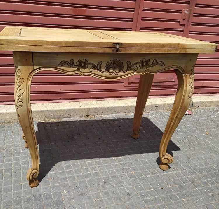 Anticuario Boedo - Muebles de estilo clásico y antiguos en Nueva Pompeya, Buenos Aires 3