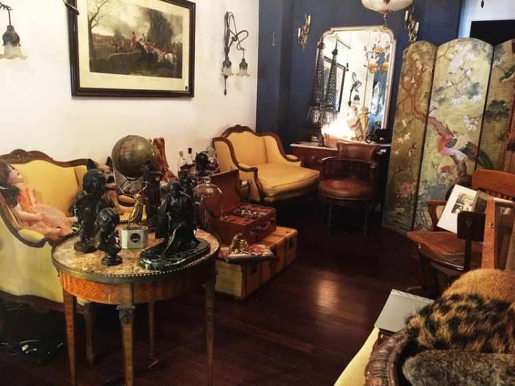 Imperio Antigüedades en San Telmo, Buenos Aires 3